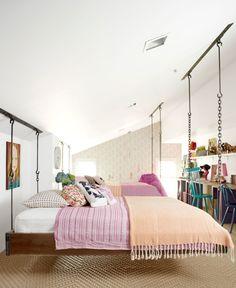 Pioneer Woman's daughters' bedroom is giving my former 15 year old self serious envy!