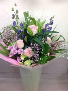 Hand tied bouquet in pastel shades