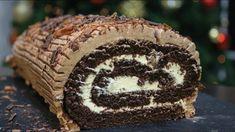 Εύκολος Χριστουγεννιάτικος Κορμός Βανίλια - Σοκολάτα (Χριστουγεννιάτικη ... Diwali Decorations At Home, Muffin, Food Porn, Dessert Recipes, Cooking Recipes, Sweets, Make It Yourself, Breakfast, Cake