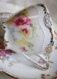 ✿.¸¸.ღღ ღ¸¸.✿.`❤✿.¸¸.ღ .¸¸.✿`❤✿.¸¸.ღ¸¸.✿. the sweetest tea cup