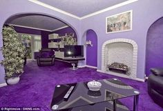 Selling your beloved purple home? You might want to consider a few . The Purple, All Things Purple, Shades Of Purple, Purple Stuff, Purple Home Decor, Purple Interior, Color Interior, Inside Paisley Park, Décor Violet