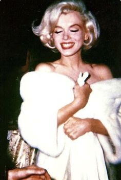 45 Ideas For Fashion Ilustration Vintage Hollywood Glamour Marilyn Monroe Boujee Aesthetic, Bad Girl Aesthetic, Aesthetic Collage, Aesthetic Vintage, Aesthetic Photo, Aesthetic Pictures, Aesthetic Women, Aesthetic People, Aesthetic Beauty