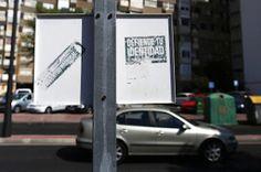 Miedo a los neonazis en Alcalá. Los extremistas de hoy se nutren del descontento provocado por una tasa de paro del 26% y viven en los barrios con mayor inmigración. F. Javier Barroso / Beatriz Guillén | El País, 2015-08-29 http://ccaa.elpais.com/ccaa/2015/08/29/madrid/1440849514_159570.html
