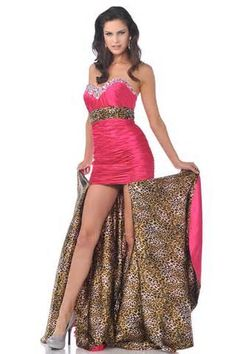 Prom dresses with cheetah print started to return their popularity