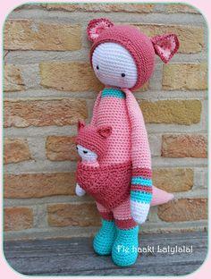 KIRA the kangaroo made by Sofie from lekkerbekkenmaar / crochet pattern by lalylala