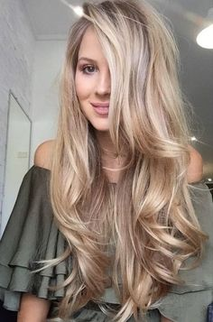 These Top Long Blonde Hair Ideas will transform.Long hairstyles are the most desired and feminine hairstyles ,Classy Hairstyles for Long Blonde Hair - Trend Ideas Classy Hairstyles, Layered Hairstyles, Long Blonde Hairstyles, Ladies Hairstyles, Braided Hairstyles, Hairstyles Haircuts, Wedding Hairstyles, Gorgeous Hairstyles, Pixie Haircuts