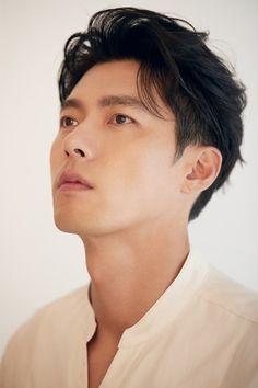 Korean Male Actors, Korean Celebrities, Hyun Bin, Ha Ji Won, Bare Face, Kdrama Actors, Perfect Man, Handsome Boys, K Idols