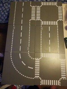 LEGO ROAD BASEPLATE 32 X 32 DOT 10 X 10 INCH GREY 4-WAY STOP STREET PLATE
