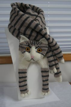 Tabby Gray Cat Scarf Knitting Scarf Gray Scarf Cowl Scarf Long Scarf knit,  winter scarf, Christmas Gift, Multicolor Scarf. Écharpe ChatBonnet ... 2e72c8ded41