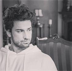 Karizmaaaaa❤❤ @alpnavruz #alpnavruz #cenkçelen💙 #sinanegemen #elimibırakma #fazikethanimvekizlari #azcen #hazsin #alp #navruz #life… Alina Boz, Love Of My Life, My Love, Turkish Delight, Turkish Actors, Bellisima, Tv Shows, Actresses, Phone Case