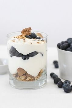 blueberry cardamom trifle with biscotti