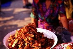 Fried Bananas (Kluai Khaek)   TOOVIA