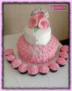 Aannemings koek / First Communion Cake Communion Cakes, First Communion, Cake Pops, Madness, Crochet Necklace, Birthday Cake, First Holy Communion, Birthday Cakes, Cakepops