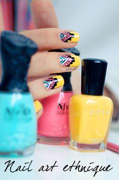 PSHIIIT | Un blog de nailista, adepte de nail art tendance, passionnée de photos, et de jolis bijoux. Les dernieres modes en matière de vernis à ongles sont scrutées et analysées, les teintes passées au crible, et en prime des tutos super faciles à réaliser vous sont proposés… Bref, la féminité s'invite jusqu'au bout des ongles sur le blog de Pshiiit !