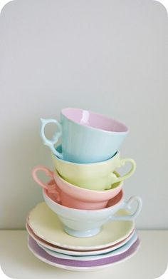 pastel cups for making tea cup candles Soft Colors, Pastel Colors, Coco Rose Diaries, Deco Pastel, Cocina Shabby Chic, Pastel Kitchen, Pastel Palette, My Cup Of Tea, Pretty Pastel