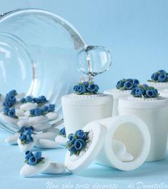 Donatella Semalo: Una cresima in bianco e blu... :)