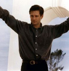 Bill Pullman - Bryan Denton in the 1992 Newsies movie Bill Pullman, Creepy Guy, While You Were Sleeping, Most Beautiful Man, Actors & Actresses, Sexy Men, Movie Tv, How To Look Better, Handsome