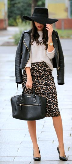 http://www.styleandblog.com/2014/10/leo-midi-skirt.html