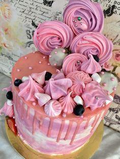 Цветные подтёки на торте - стильно и современно! Научитесь делать их вместе с нами! Простой МК, минимум ингредиентов и гарантированно классный результат!