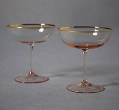 Rosy-Cheeked Coupes from BHLDN. Did you know the first coupe glass was given to Marie Antoinette by Louis XVI and is rumored to have been modeled after her left breast? Vintage Champagne Glasses, Champagne Saucers, Rose Champagne, Champagne Flutes, Champagne Tower, Champagne Cocktail, Vase Deco, Crystals, Glass