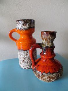 2 Orange Fatlava Henkelvasen  von Jopeko von kunstmus auf Etsy https://www.etsy.com/de/listing/129936931/2-orange-fatlava-henkelvasen-von-jopeko