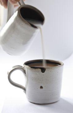 mug&jug material: Chebsey stoneware finish: white opaque with rich brown glaze Stoneware, Glaze, Ceramics, Mugs, Interior Design, Brown, Tableware, Handmade, Enamel