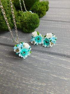 Blue tiny jewelry Gerbera daisy Flower studs and pendant Delicate jewelry Blue white gift Wedding jewelry Floral earrings Pretty small gift