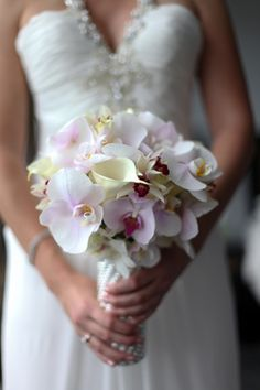 orchid wedding bouquets | Destination Wedding in Costa Rica | The Destination Wedding Blog - Jet ...