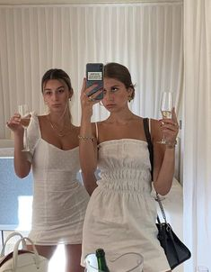 Estilo Indie, Summer Outfits, Cute Outfits, Best Friend Photos, Summer Girls, Summer Days, Aesthetic Clothes, My Girl, Casual