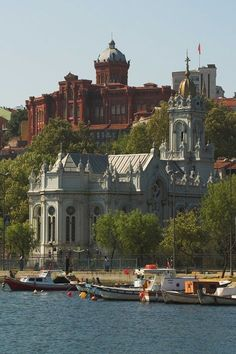 Balat on Golden Horn, Istanbul. Turkish Architecture, Urban Architecture, Istanbul City, Istanbul Travel, Places Around The World, Around The Worlds, Beautiful World, Beautiful Places, Foto Blog