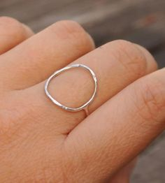 Lovely :: Open Circle Ring