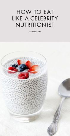 What top nutritionists eat for breakfast, lunch, and dinner