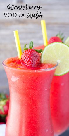 This Strawberry Lemonade Vodka Cocktail combines the flavors of fresh strawberries, sorbet and vodka into one amazing party drink! This simple and refreshing vodka lemonade … Cocktails Vodka, Strawberry Cocktails, Frozen Cocktails, Strawberry Lemonade, Summer Cocktails, Strawberry Summer, Strawberry Recipes, Frozen Alcoholic Drinks, Slushy Alcohol Drinks