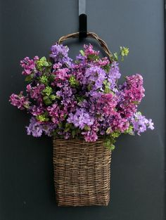 basket of lilacs - so pretty! ○○○❥ڿڰۣ-- […] ●♆●❁ڿڰۣ❁ ஜℓvஜ ♡❃∘✤ ॐ♥..⭐..▾๑ ♡༺✿ ☾♡·✳︎· ❀‿ ❀♥❃.~*~. SAT 13th FAB 2016!!!.~*~.❃∘❃ ✤ॐ ❦♥..⭐.♢∘❃♦♡❊** Have a Nice Day!**❊ღ ༺✿♡^^❥•*`*•❥ ♥♫ La-la-la Bonne vie ♪ ♥ ᘡlvᘡ❁ڿڰۣ❁●♆●○○○