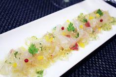 『白身魚のカルパッチョ ホワイトヴァルサミコの香草ジュレ添え』 白身魚のカルパッチョにホワイトヴァルサミコの甘酸っぱいジュレと香り高い香草を合わせた 目にも美しい前菜♪ジュレは、どんな野菜とも高相性なので、カルパッチョだけでなく、サラダに合わせてもいいですね♪
