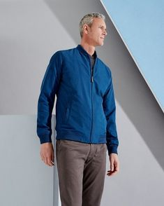 We enter the world of tall menswear with a new 2017 T for Tall collection by Ted Baker modelled by swimmer Mark Foster. Mrs Doubtfire, Mark Foster, Tall People, Oxford Blue, Three Piece Suit, Dapper Men, Tall Guys, The Fosters