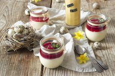 Schnelles Eierlikör Mousse Rezept Für das schnelle, wunderbar cremige Eierlikör Mousse benötigt man nur fünf Zutaten, die schnell zusammengefügt sind.