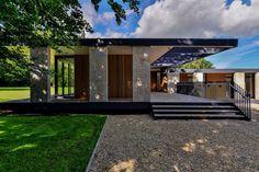 Skywood House / Hamish Park