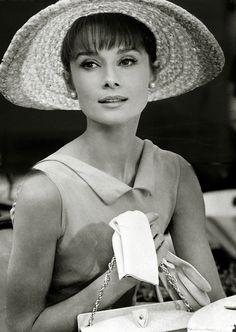 "Audrey Hepburn en la película ""Paris When It Sizzles"", 1964"