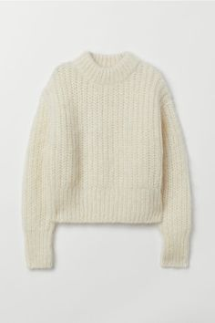 Chunky-knit jumper in a soft wool and mohair blend with a stand-up collar, dropped shoulders, long sleeves and ribbing at the cuffs and hem. Chunky Sweater Outfit, Chunky Knit Jumper, Pullover Outfit, Pullover Mode, White Knit Sweater, Sweater Outfits, Cute Outfits, Chunky Wool, Chunky Knits