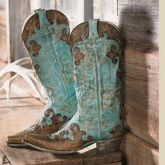 Love these! I can already smell the leather! Crows Nest Trading company