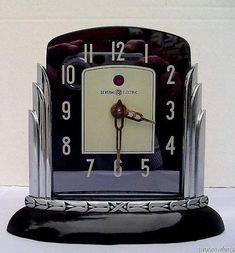 Rare Vintage Art Deco G-E Telechron Clock with Bakelite Base Art Deco Decor, Art Deco Home, Art Deco Era, Art Deco Design, Design Design, Art Nouveau, Balustrades, Antique Clocks, Vintage Clocks