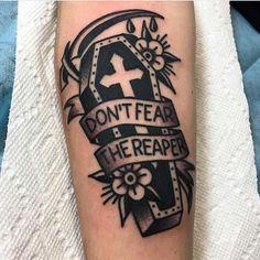 54 Best Halloween Tattoo Designs Ideas For Men, Click web site other content Kritzelei Tattoo, Piercing Tattoo, Piercings, Punk Tattoo, Tattoo Flash, Reaper Tattoo, Neue Tattoos, Body Art Tattoos, Forearm Tattoos