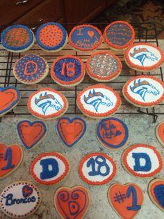 Bronco cookies