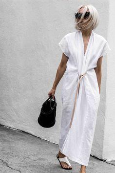 Janaes Style Primary New York Miranda Bennett Studio Knot Dress White Maxi Dress With Slit, V Neck Dress, The Dress, Shirt Dress, Apron Dress, Kimono Style Dress, Dress Long, Look Street Style, Look Plus Size