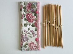 Double Pointed Knitting Needle Cozy Crochet Hooks Holder by LowlandOriginals on Etsy Double Pointed Knitting Needles, Crochet Hooks, Cozy, Fabric, Projects, How To Make, Tejido, Blue Prints, Cloths