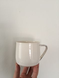 Porcelain Mugs, Wedding Gifts, My Etsy Shop, Dish, White Gold, Handle, Tableware, Dinnerware, Marriage Gifts