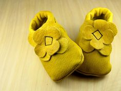 Baby Moccasin-US2-Toddler Moccasin, Real Leather Handmade, Flower Moccasin- Baby Boy Moccasin, Baby Girl Moccasin, Baby shoes, Baby Booties