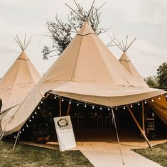 ON THE GALLERY! ✨Check out Hayley & Luke's dreamy PapaKata Teepee wedding by carlablain_photography at merriscourtbarns with bellowsglamping trianglenursery lights4fun rockmywedding! Link in the bio☝️ #teepeewedding #teepeeweddings #tipi #teepee #tipiwedding #tipiweddings #tipiweddingvenue #papakata #papakatawedding #outdoorwedding #outdoorweddinguk #wedding #rockmywedding #weddingtrends2019