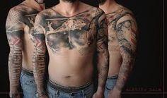 Risultati immagini per tatuaggi sul petto